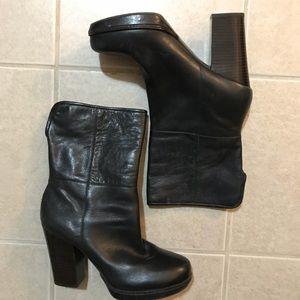 Banana Republic Black Platform Boots - Size 9